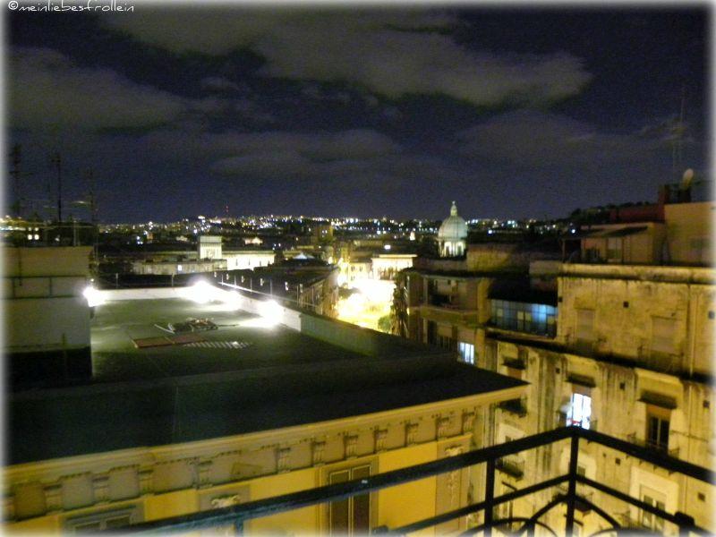 Neapel bei Nacht1